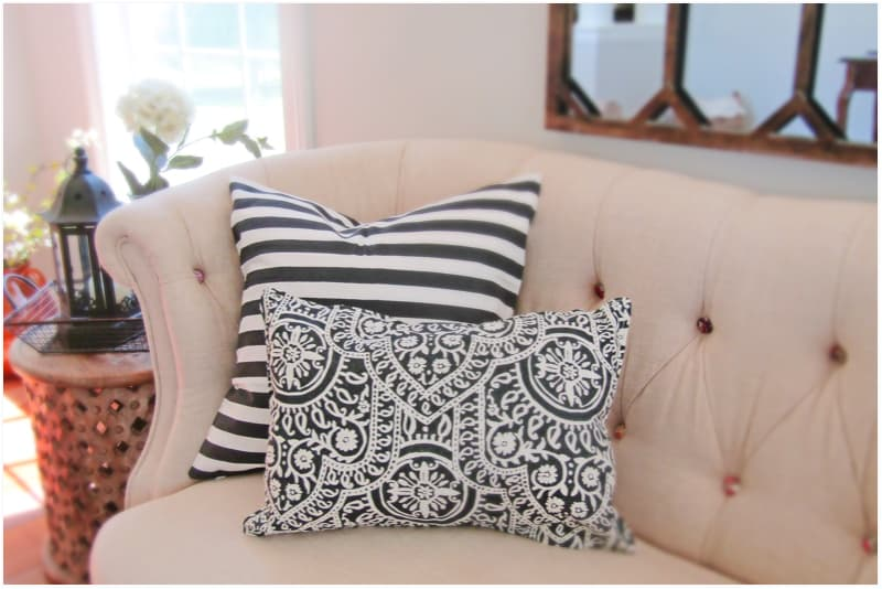 How to make a pillow using a placemat