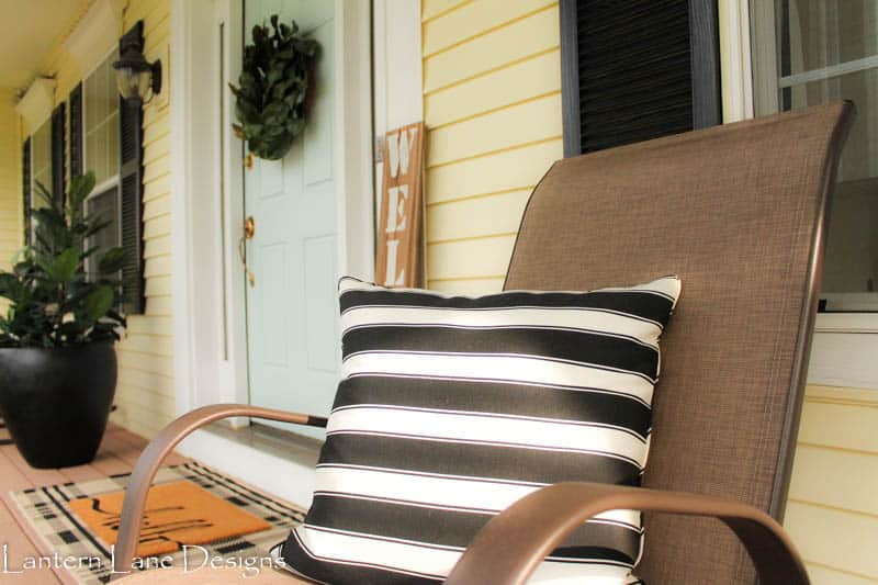 Front porch decor using Better Homes and Garden pillow