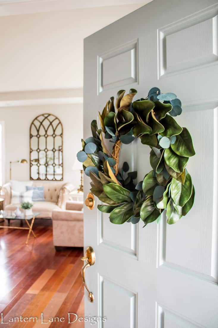 DIY Magnolia and Eucalyptus Wreath