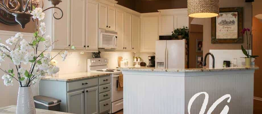 Kitchen Decor Ideas~How To Update Your Builder Grade Kitchen On A Budget