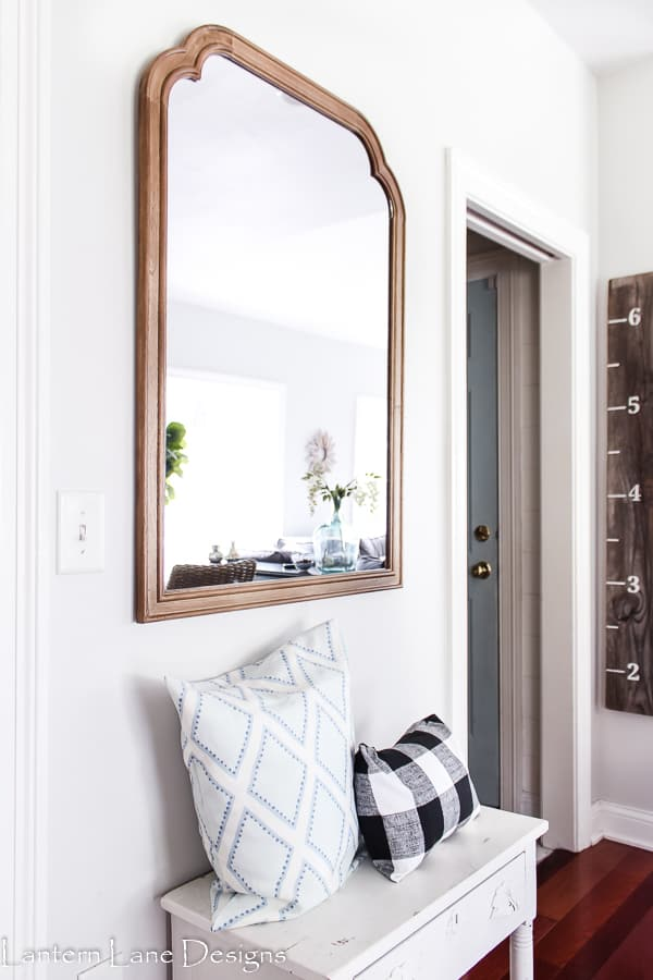 How To Hang A Mirror Without Having To Measure #diyhomedecor #diyhomeimprovement