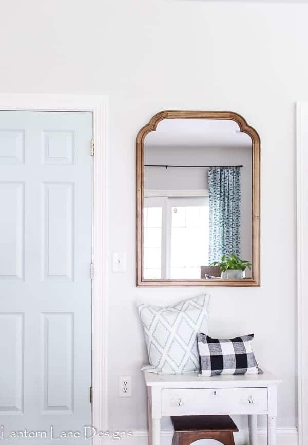 How To Hang A Mirror Without Having To Measure #diyhomedecor #homeimprovement