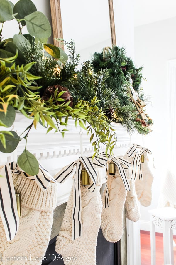 How To Make Your Garland Look Fuller (Simple Christmas Mantel Decorating Ideas)