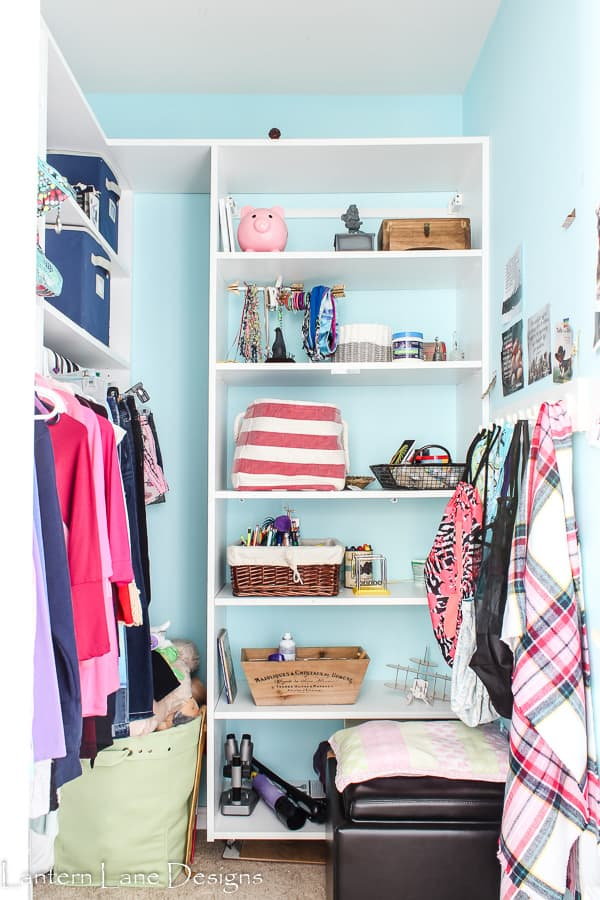 Tips on how to de-clutter your home including your child's bedroom