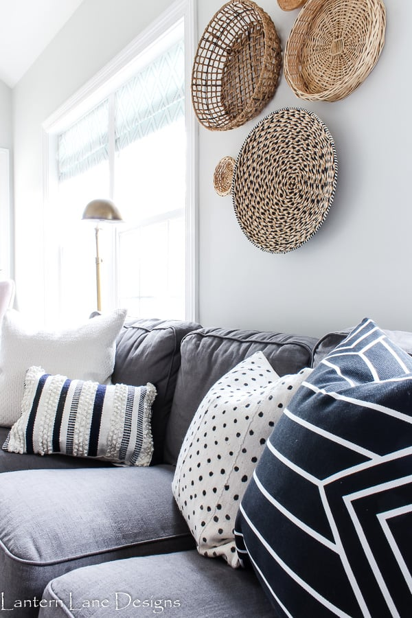 How to decorate your family room so it is kid friendly
