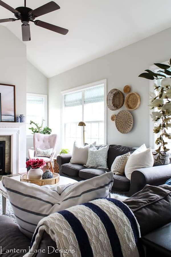 How to create a family room that is kid friendly