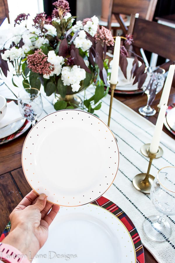 Modern Christmas Table Settings