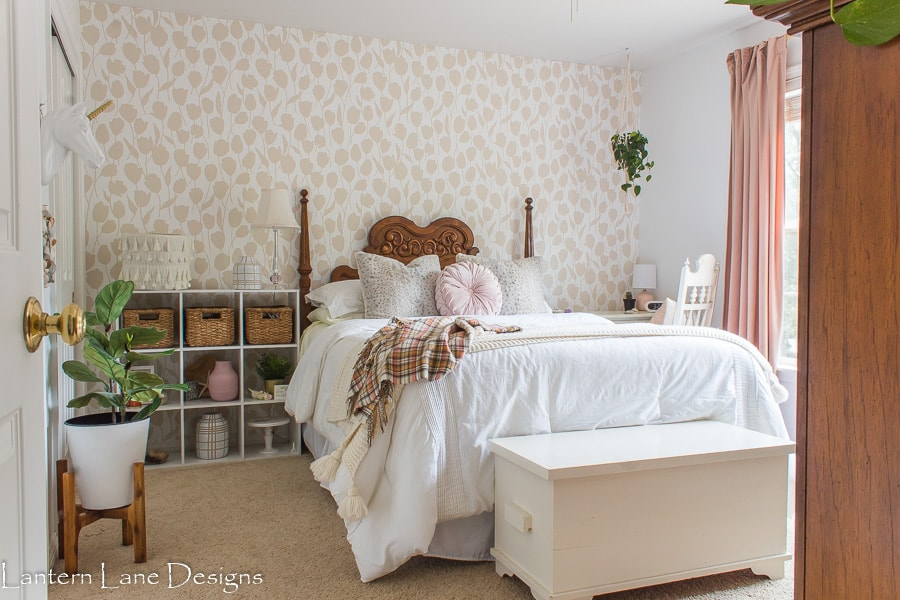 Bedroom makeover ideas for girl