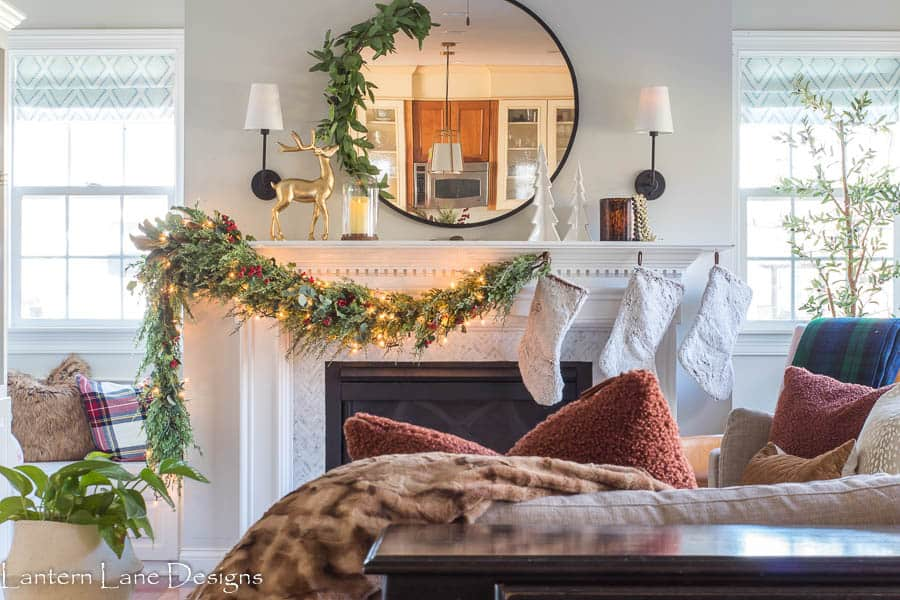 Asymmetrical Christmas mantel