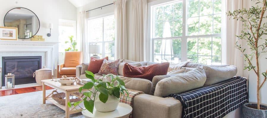 Friday Favorites~Budget Living Room Makeover